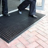 Image of COBA Ramp Entrance Rubber Scraper Mat / Hard-wearing / W900xD1500mm / Black
