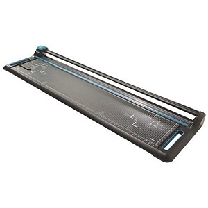 Image of Avery Precision Trimmer Rotary Cutting Length 1370mm Capacity 15x 80gsm Area 1523x371mm A0 Ref 1370